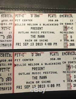 Willie Nelson Outlaw Music Festival